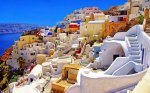 How to spend a memorable time during our summer holidays thanks to best hotels in Santorini?